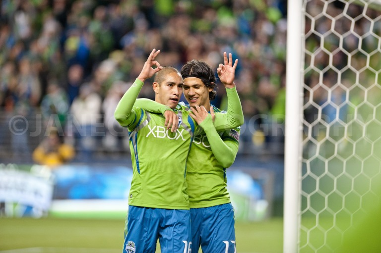 Sounders2012-10
