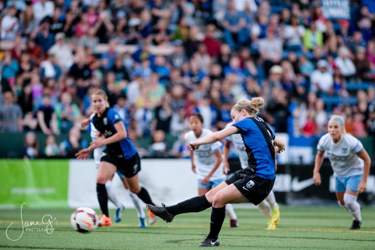 SeattleReignFCvsRedStars-63