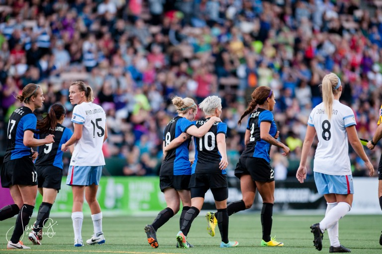 SeattleReignFCvsRedStars-64